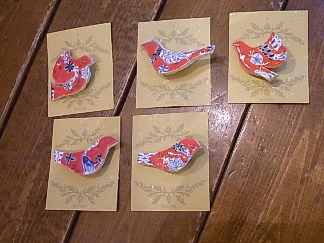 ふくろはこ展あと6日。東急ハンズ「インコと鳥の雑貨展」様子_d0322493_23281877.jpg