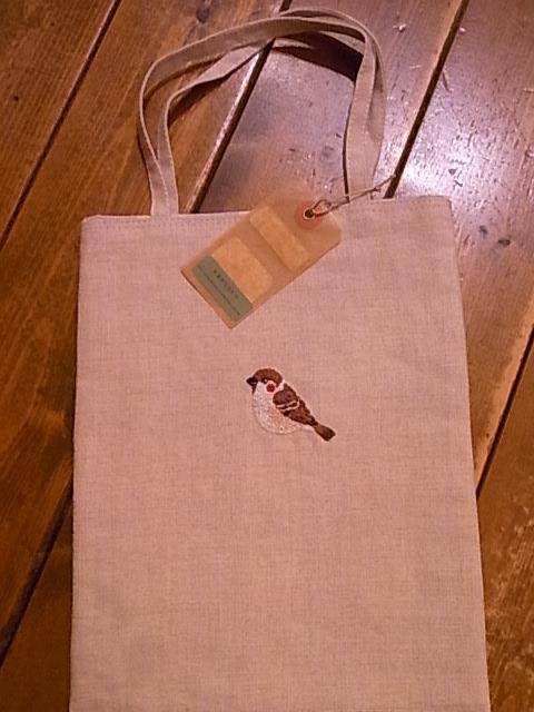 東急ハンズ インコと鳥の雑貨展。関西つうしん定休日です_d0322493_9185037.jpg