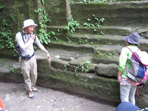 房州石採石場にて_a0157159_1391484.jpg