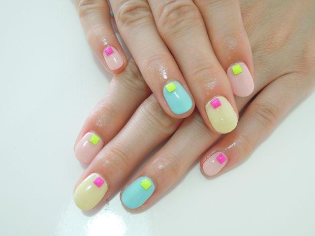 Pastel Neon Nail_a0239065_1254481.jpg