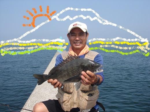 ★地続き堤防で綺麗な黒鯛ゲッチュー★_e0147297_1972162.jpg