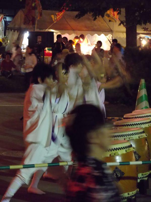 盆踊り太鼓隊の少年少女_c0025115_21203560.jpg