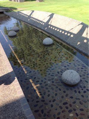池清掃_e0118827_13503040.jpg
