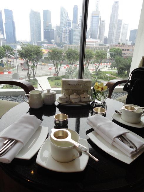 大好き♪シンガポール旅行 終わり マンダリンオリエンタル アフタヌーンティ_f0054260_6173958.jpg
