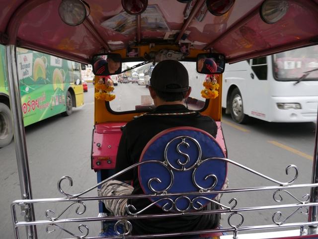 タイへ行く。⑥ ~リクライニング・ブッダ~_f0232060_15193076.jpg