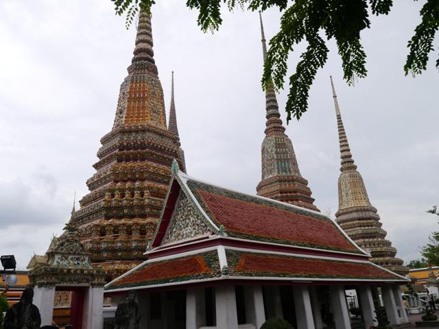 タイへ行く。⑥ ~リクライニング・ブッダ~_f0232060_15271610.jpg