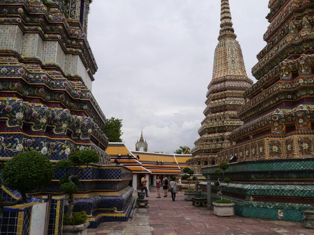 タイへ行く。⑥ ~リクライニング・ブッダ~_f0232060_15283373.jpg