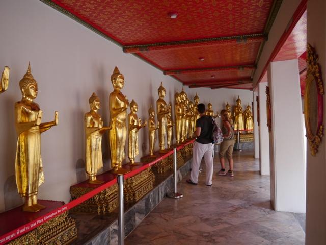 タイへ行く。⑥ ~リクライニング・ブッダ~_f0232060_15312116.jpg