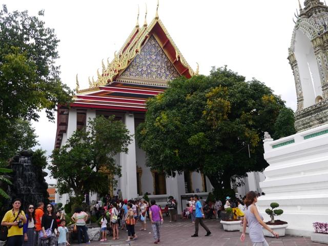 タイへ行く。⑥ ~リクライニング・ブッダ~_f0232060_1533247.jpg