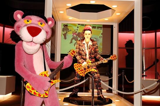 『hide MUSEUM 2013』大阪ユニバーサル・スタジオ・ジャパン(R)で開催スタート_e0197970_133292.jpg