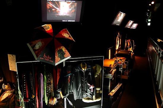 『hide MUSEUM 2013』大阪ユニバーサル・スタジオ・ジャパン(R)で開催スタート_e0197970_134990.jpg