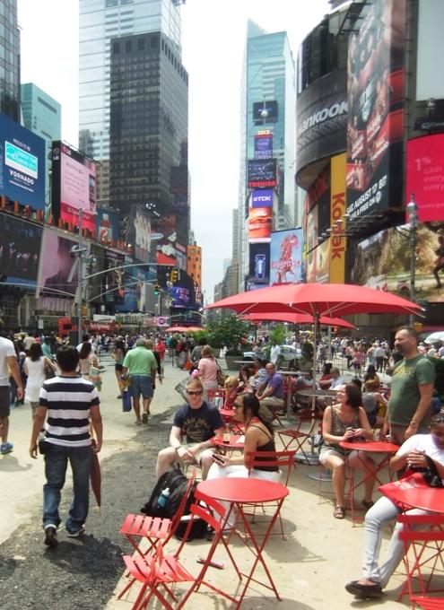 夏のニューヨークのタイムズ・スクエア_b0007805_22103634.jpg