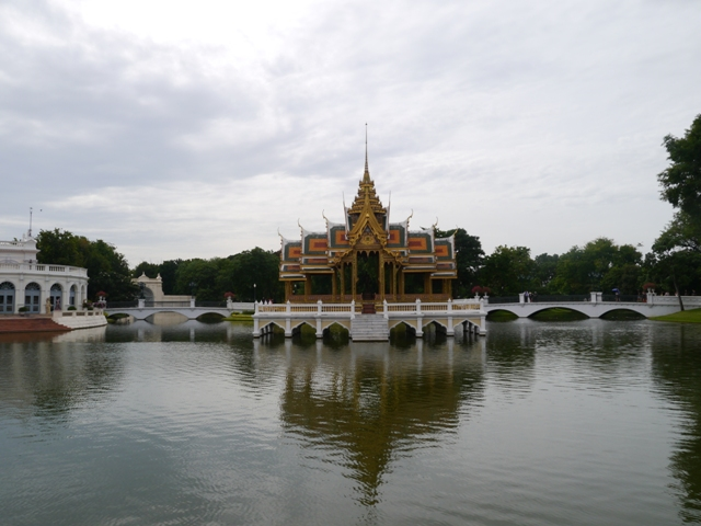 タイへ行く。⑨ ~世界遺産アユタヤ探訪~_f0232060_1344875.jpg