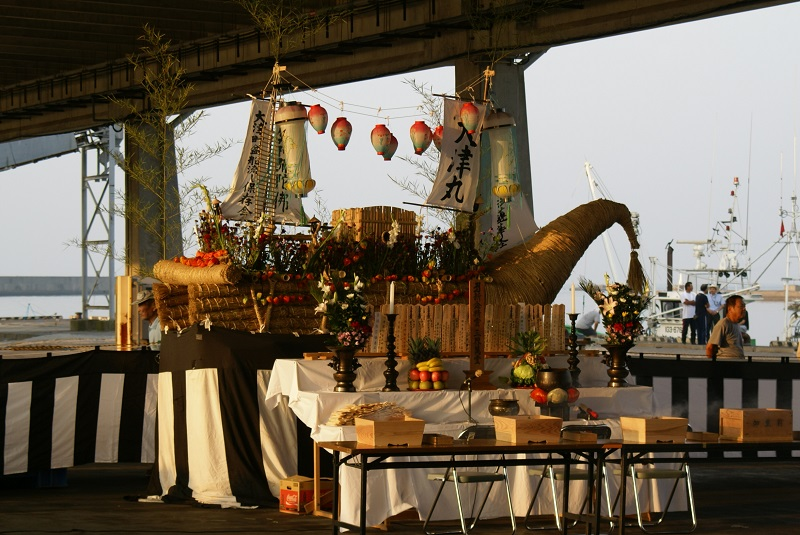 毎年恒例の「盆船流し」 北茨城市_b0183886_1645468.jpg