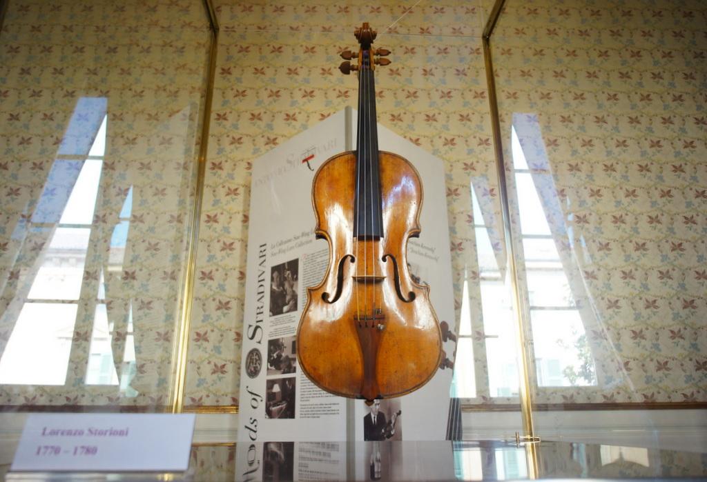 イタリア日記@伯林Vol.5 弦楽器の町クレモナ。_c0180686_22141979.jpg