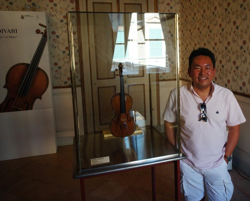 イタリア日記@伯林Vol.5 弦楽器の町クレモナ。_c0180686_22162045.jpg