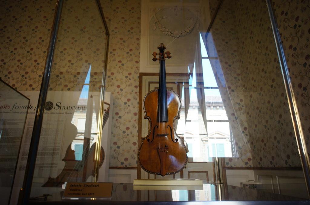 イタリア日記@伯林Vol.5 弦楽器の町クレモナ。_c0180686_22162815.jpg