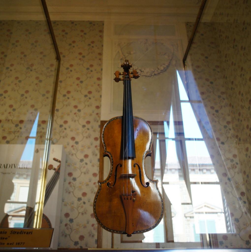 イタリア日記@伯林Vol.5 弦楽器の町クレモナ。_c0180686_22174587.jpg