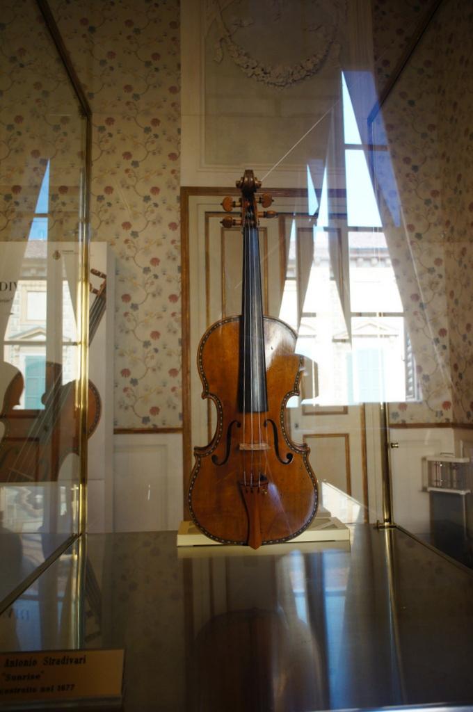 イタリア日記@伯林Vol.5 弦楽器の町クレモナ。_c0180686_22231560.jpg
