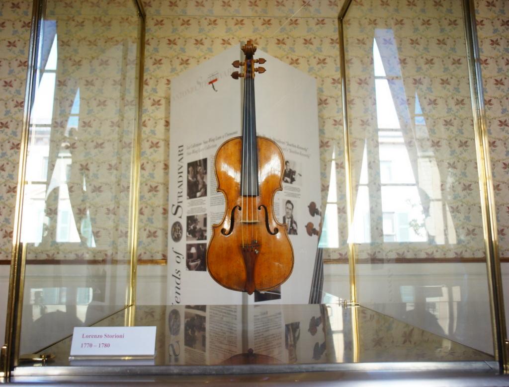 イタリア日記@伯林Vol.5 弦楽器の町クレモナ。_c0180686_22241924.jpg
