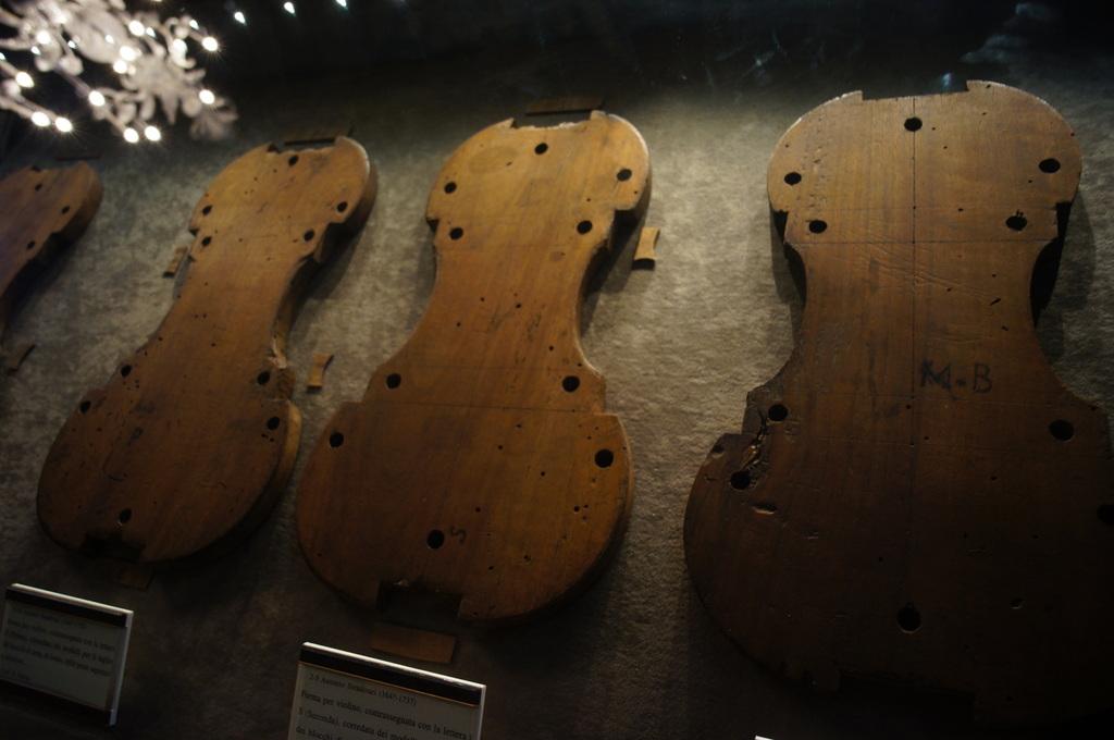 イタリア日記@伯林Vol.5 弦楽器の町クレモナ。_c0180686_22315557.jpg