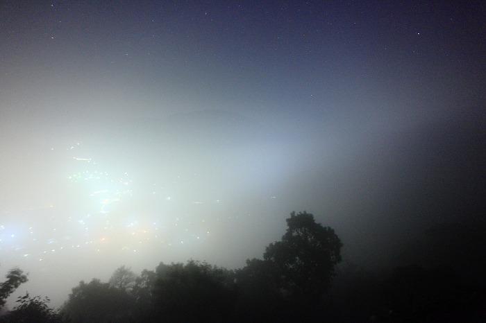 夜霧と天の川_a0294534_10593973.jpg