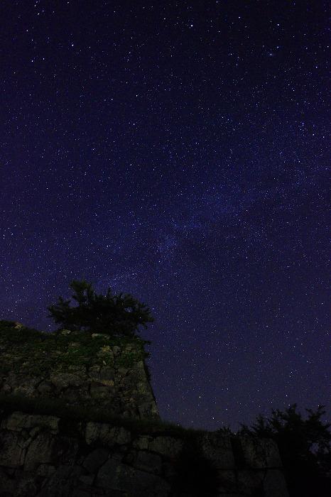 夜霧と天の川_a0294534_1115456.jpg