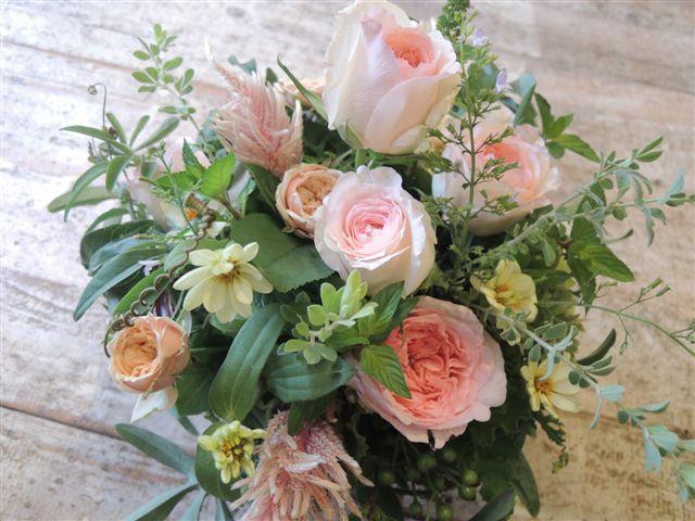 今日のアレンジは、ハーブの花束、タッジー・マッジー風にハーブをたっぷり_b0137969_17595563.jpg