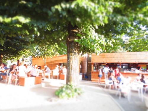 私の大好きな夏限定バール★フィレンツェ人が集まる場所!!_c0179785_2491432.jpg