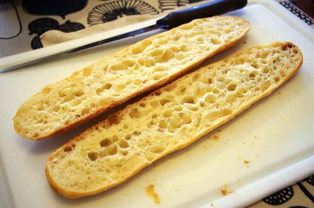 フランスパン・・・・そろそろお腹いっぱい?_e0167593_23474469.jpg
