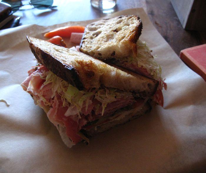 Happy Sandwiches !_f0170995_21282785.jpg