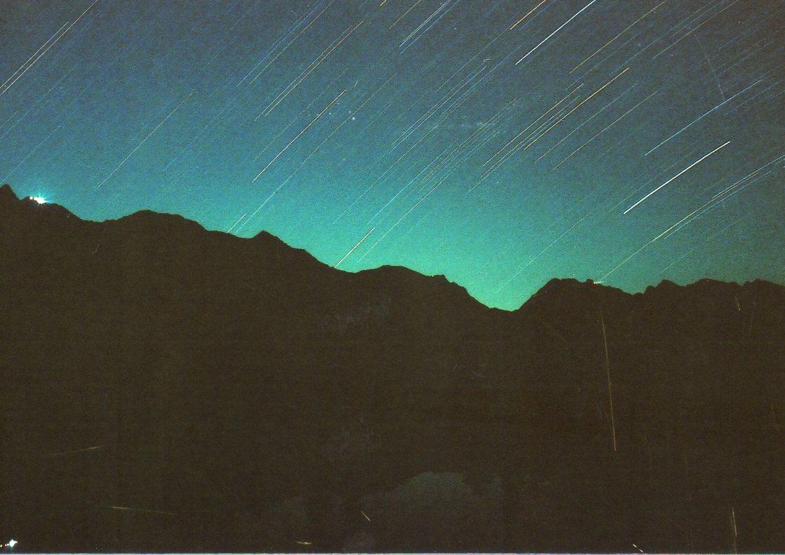 深い闇ほど美しい星空になる_d0237801_15114555.jpg
