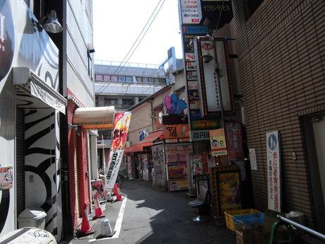 大阪十三_b0209507_1748302.jpg