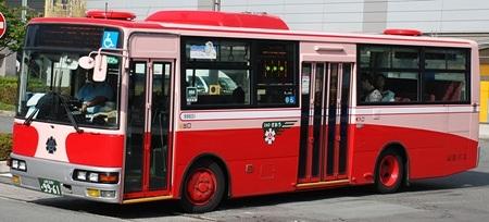 山交バス(山形交通)の復刻塗装車から_e0030537_13401799.jpg