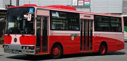 山交バス(山形交通)の復刻塗装車から_e0030537_13403094.jpg