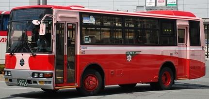 山交バス(山形交通)の復刻塗装車から_e0030537_13515382.jpg