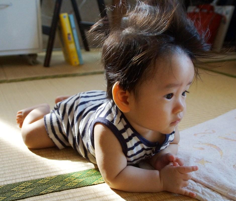 パパの天然パーマに負けない自由な髪とおでこ_f0006713_21302365.jpg
