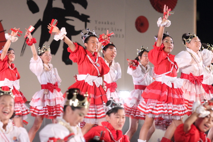 第60回よさこい祭り 後夜祭 サニーグループよさこい踊り子隊SUNNYS その1_a0077663_17552379.jpg