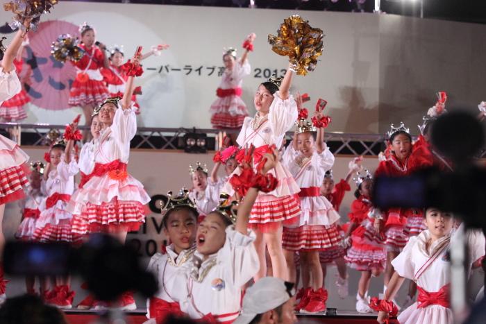 第60回よさこい祭り 後夜祭 サニーグループよさこい踊り子隊SUNNYS その1_a0077663_17553310.jpg