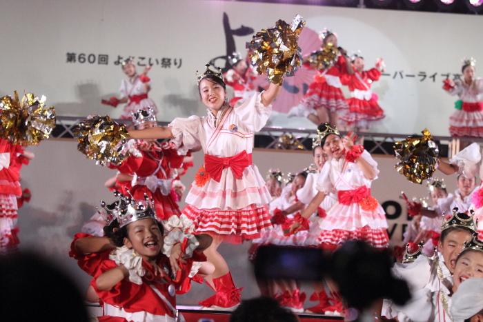 第60回よさこい祭り 後夜祭 サニーグループよさこい踊り子隊SUNNYS その1_a0077663_17553681.jpg