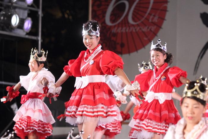第60回よさこい祭り 後夜祭 サニーグループよさこい踊り子隊SUNNYS その2_a0077663_1843591.jpg