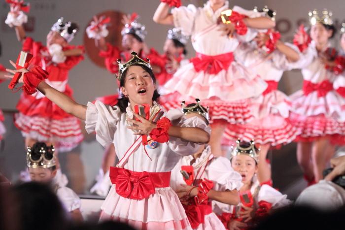 第60回よさこい祭り 後夜祭 サニーグループよさこい踊り子隊SUNNYS その2_a0077663_1843930.jpg