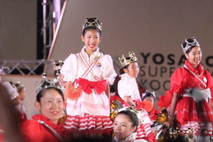 第60回よさこい祭り 後夜祭 サニーグループよさこい踊り子隊SUNNYS その2_a0077663_1844495.jpg