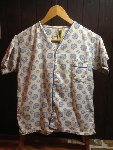 Tシャツ一枚だと 物足りないあなたへ (T.W.神戸店)_c0078587_2220357.jpg