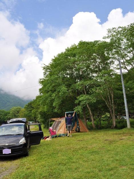 戸隠キャンプ2013⑤ テント設営_a0126590_22391169.jpg