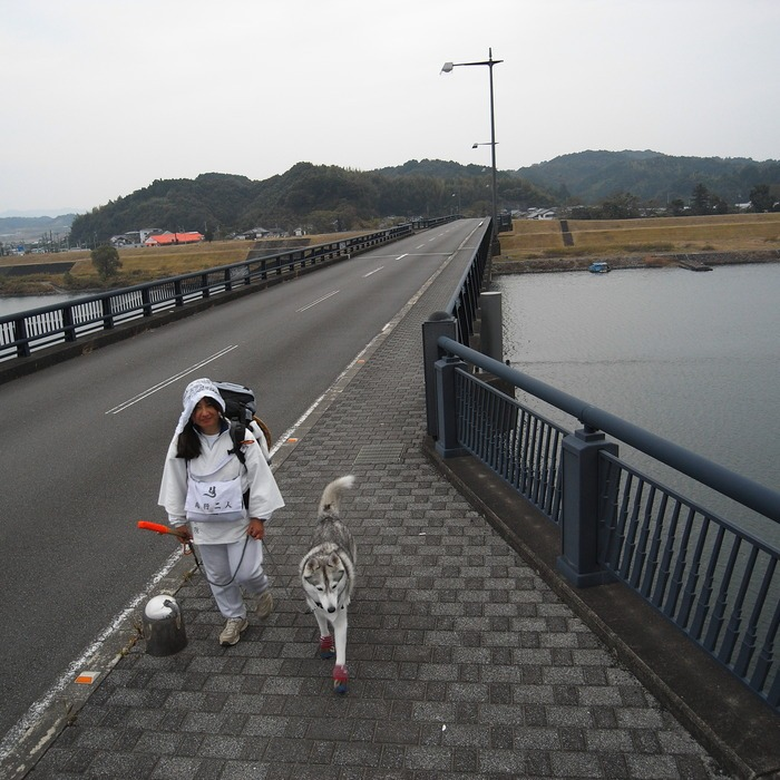 Memory of the second pilgrimage with husky HANA_c0049299_942963.jpg