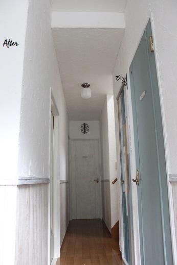 廊下のDIY全セルフリフォーム終了&壁紙貼り方のポイント_f0023333_8221863.jpg