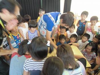 保育園でコマまわし☆第4弾_a0272042_20104714.jpg