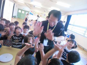 保育園でコマまわし☆第4弾_a0272042_20125123.jpg