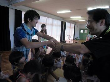 保育園でコマまわし☆第4弾_a0272042_20132840.jpg
